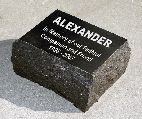 Custom Engraved Black Granite Pet Memorial Stones Text