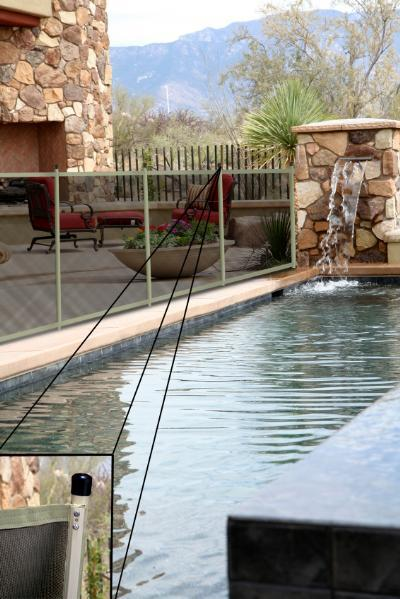 Fully Assembled Sentry Ez Guard Child Safety Pool Fence